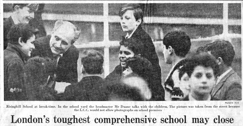 Duane with pupils 10/1/65 news photo